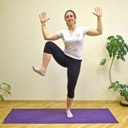 Side knee lifts